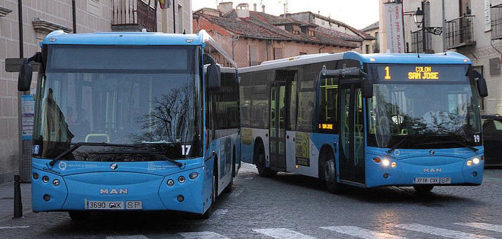 La alcaldesa espera que los nuevos autobuses estén en servicio a final de año