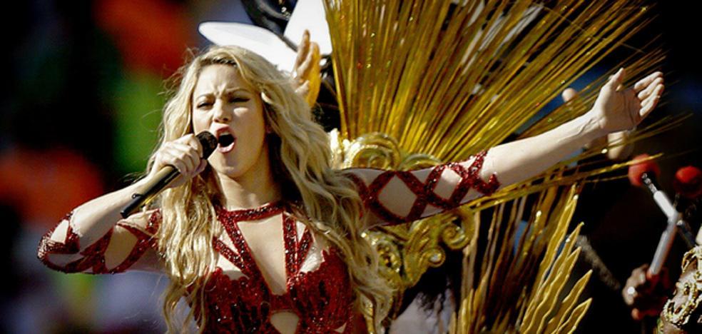 Shakira no se opera de las cuerdas vocales por posibles riesgos