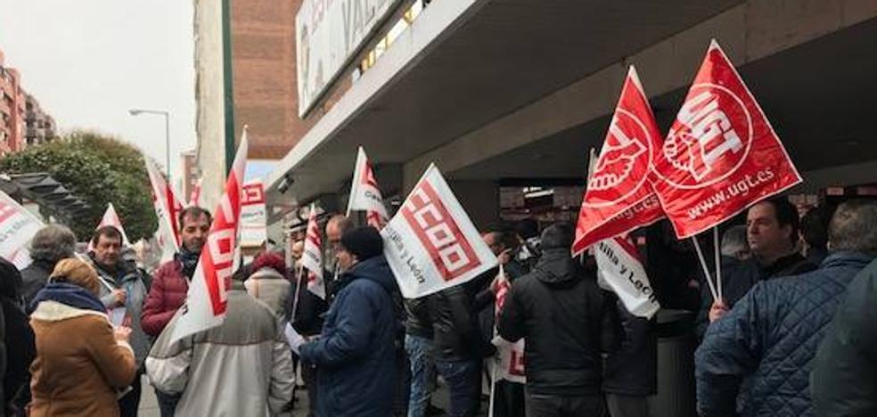 Sindicatos piden «sentarse a negociar» sobre el convenio de transporte de viajeros por carretera