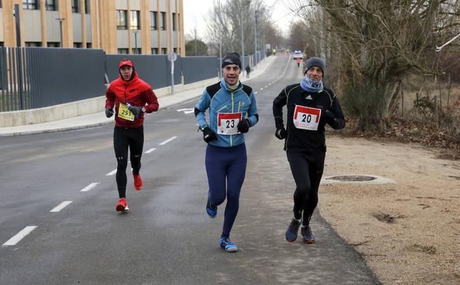 193 participantes desafían al frío y a la nieve en el Trail Ciudad de Palencia