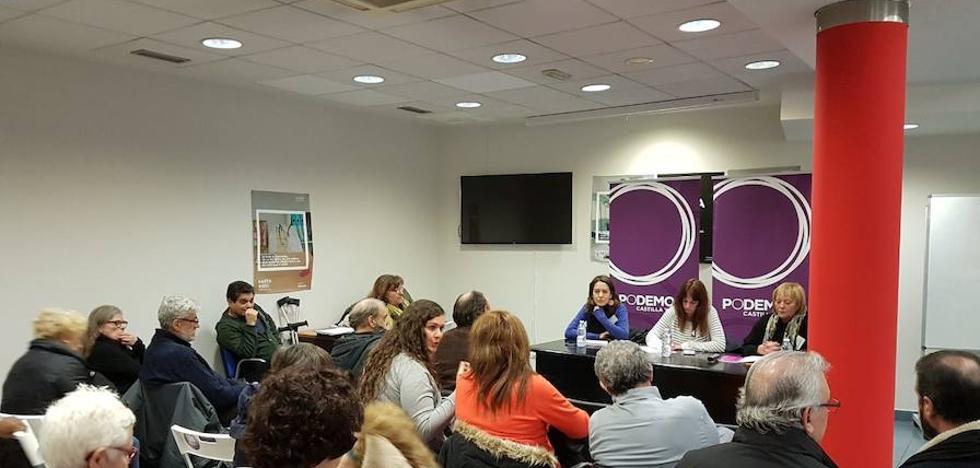 La sanidad, las pensiones y el futuro centran el encuentro de mayores de Podemos CyL