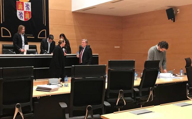 Juan Vicente Herrera y Óscar López comparecerán en la comisión de las cajas de ahorro