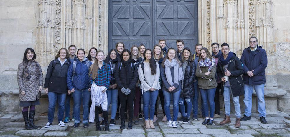 IE University acoge a estudiantes norteamericanos en un programa de inmersión cultural