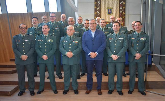Los jefes de las comandancias de la Guardia Civil de Castilla y León se reúnen en el municipio