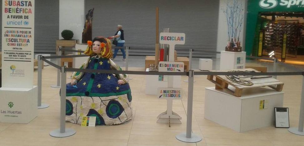 Unicef recibirá 1.350 euros por la subasta de obras de reciclaje en Palencia