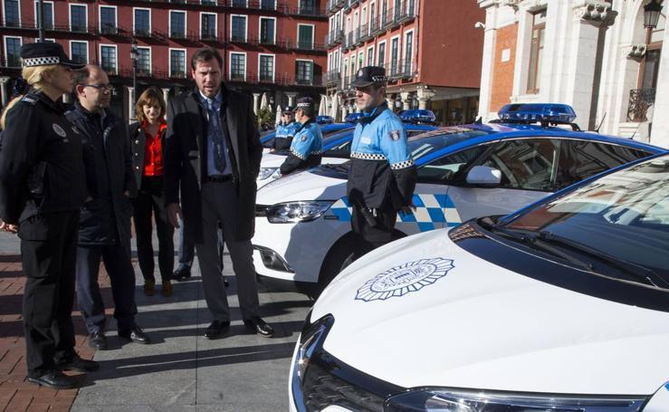 Presentación de los nuevos vehículos de la Policía Municipal de Valladolid