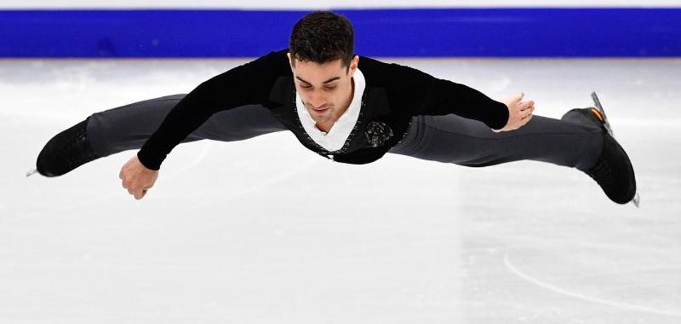 Javier Fernández da un gran salto hacia el sexto oro europeo