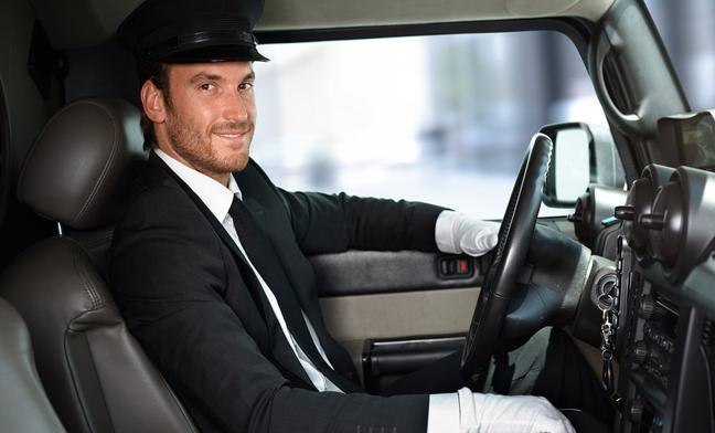 Europcar se incorpora al mundo de los vehículos con conductor