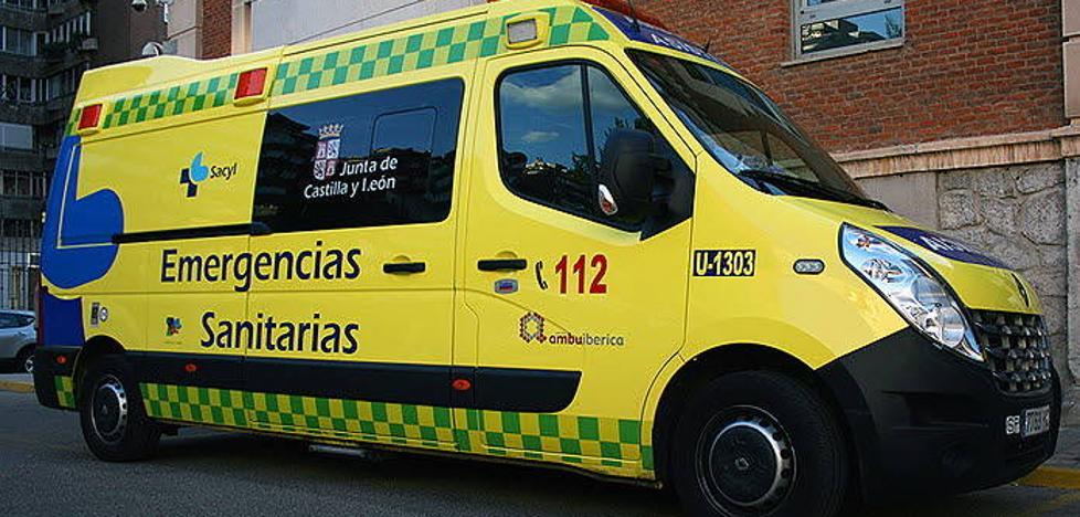 Herido un joven de 28 años al colisionar dos turismos en Navalilla