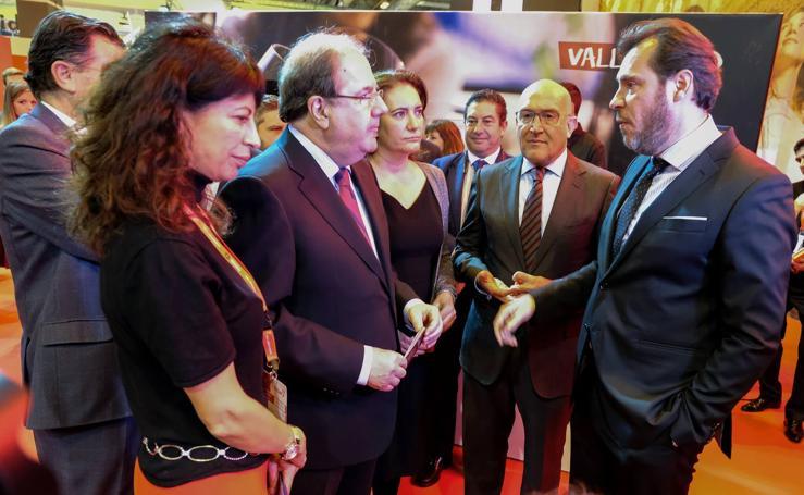 Visita de Juan Vicente Herrera a Fitur 2018