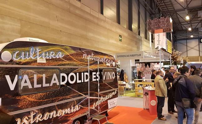 La provincia de Valladolid presume de vinos en el escaparate turístico de Fitur