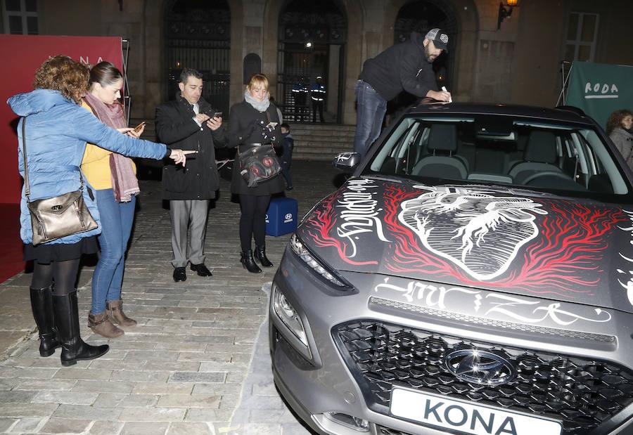 Hyundai exhibe el modelo Kona en la Plaza Mayor