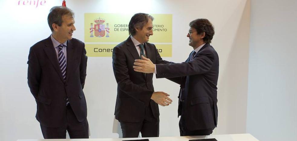Fomento y Renfe apoyan la promoción de Salamanca durante el VIII Centenario