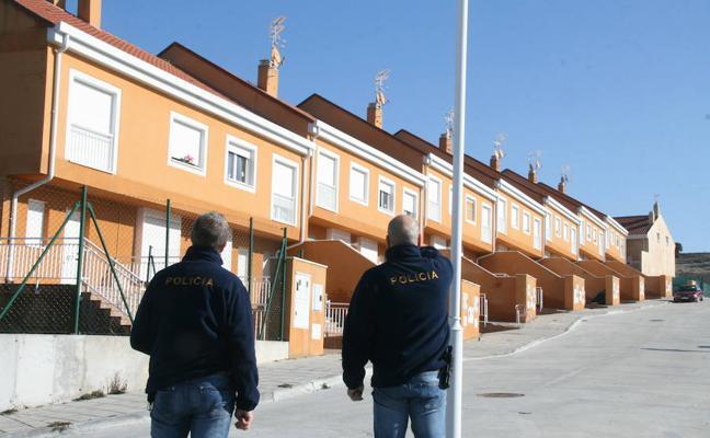 Varios detenidos en una operación policial en el asentamiento okupa de Cuéllar