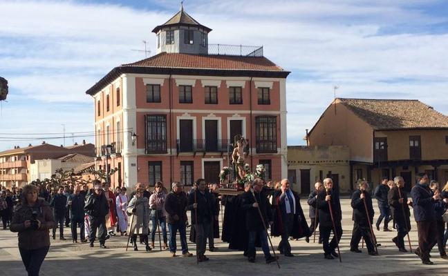 Paredes de Nava celebra San Sebastián con pasión
