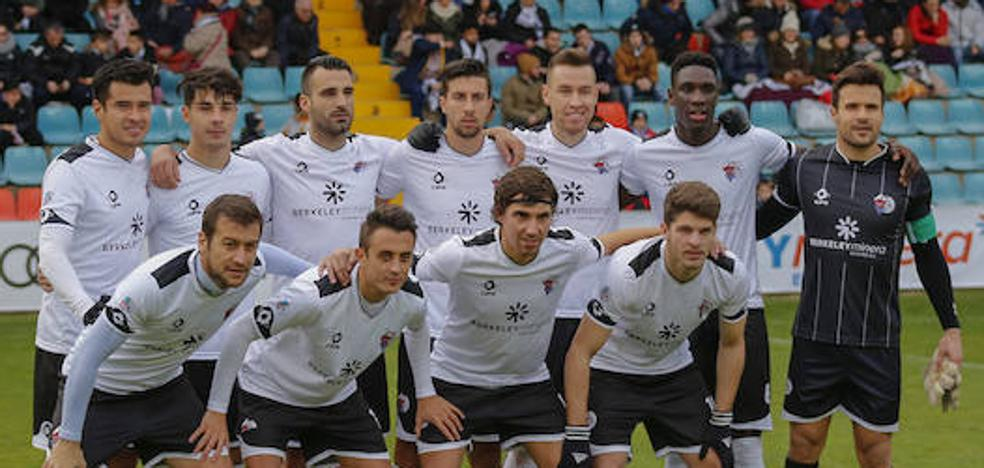 El CF Salmantino no puede fallar ante el colista tras la última debacle en el Helmántico