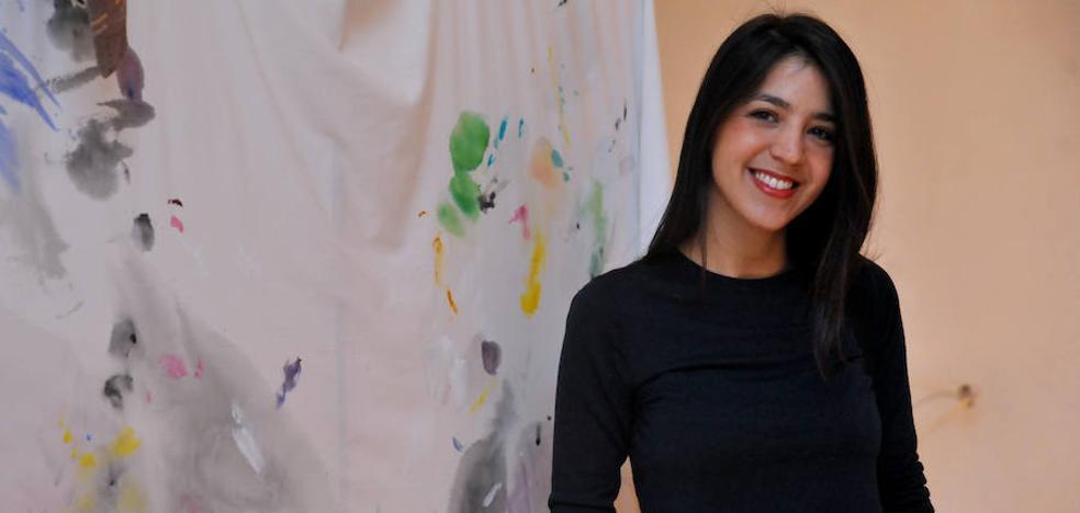'Paintung' despliega creaciones de lejía y texturas afrutadas