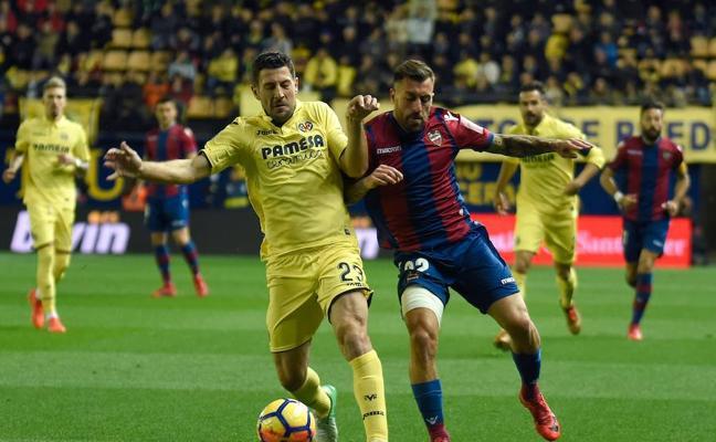 El Villarreal agrava la crisis del Levante