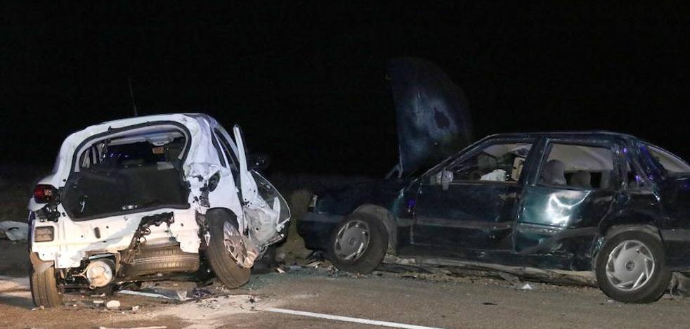 Tres heridos en la colisión entre tres turismos en Valladolid
