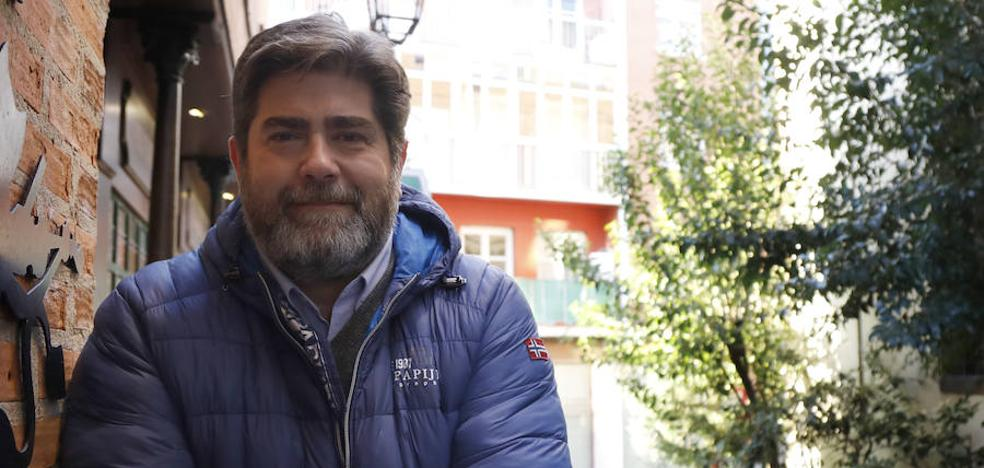 Agustín Ramos, nuevo hermano mayor de la cofradía de la Vera Cruz