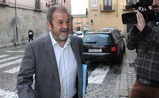 Manuel Agudíez, acusado en el caso Caja Segovia, pide la baja temporal como militante