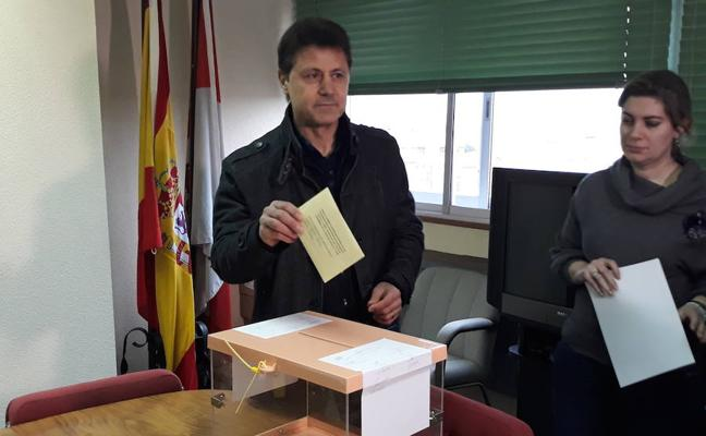 Miguel Blanco anima a los agricultores y ganaderos a votar para que la voz del campo sea escuchada