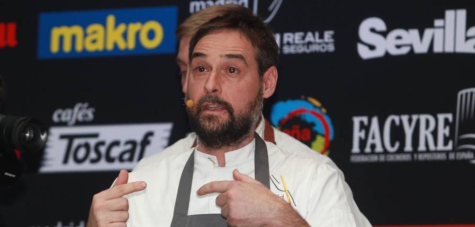 El chef de La Botica de Matapozuelos revisa los platos de cuchara en Reale Seguros Madrid Fusión