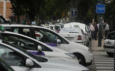 El alfoz estrenará la Ordenanza del taxi en un mes tras dos años de trámite