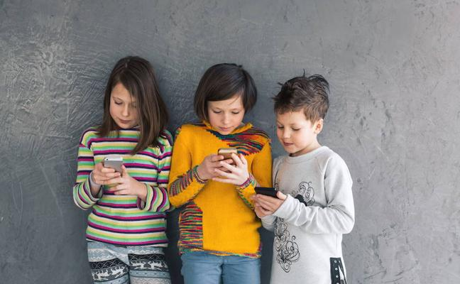 ¿Cuál es la edad apropiada para usar el móvil?