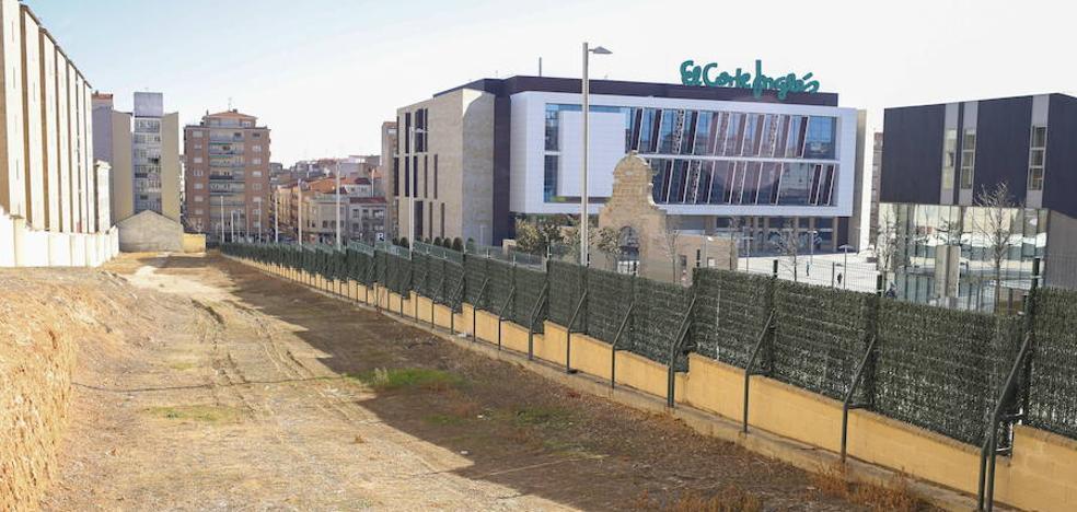 Defensa revisará la solución del Ayuntamiento para el caso Corte Inglés