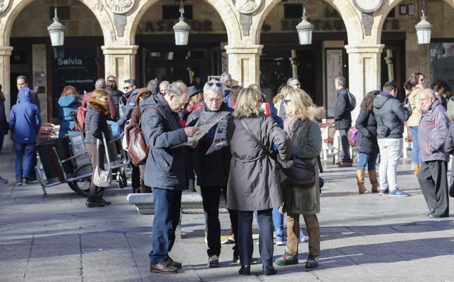 Los turistas apenas cancelan las estancias contratadas en Salamanca