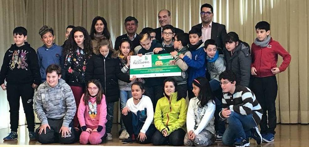 El Colegio María Auxiliadora gana 'La Liga Peque Recicladores'