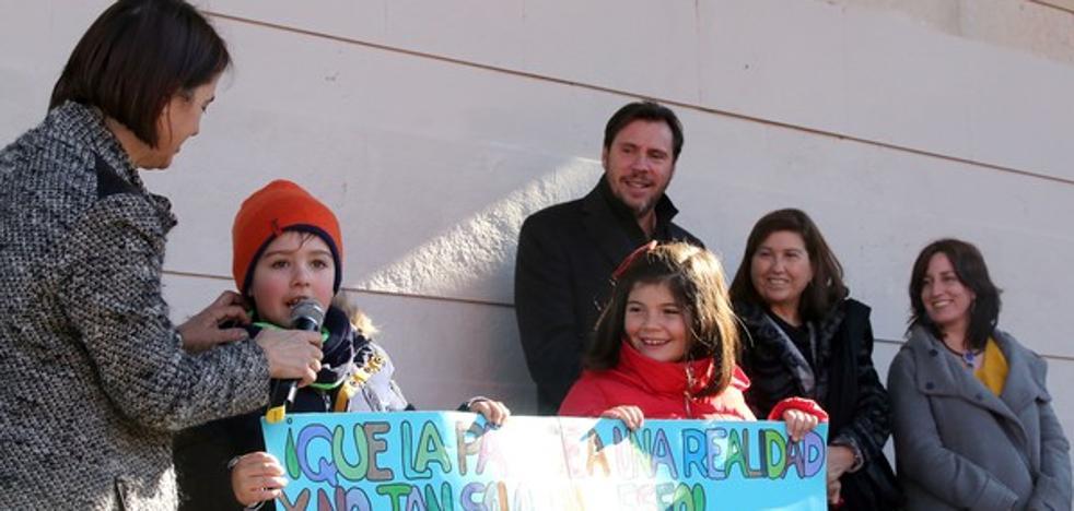El Ayuntamiento de Valladolid celebra el Día de la Paz con unos 1.300 alumnos de cuatro colegios de la ciudad