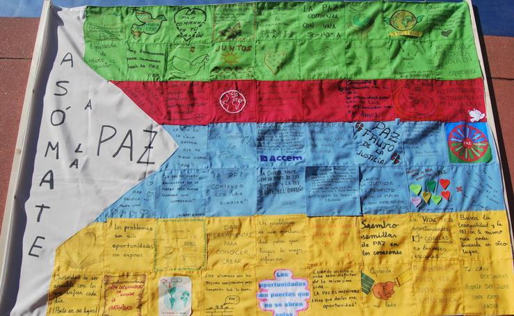 Las fotos del Día de la Paz enviadas por los colegios y los lectores