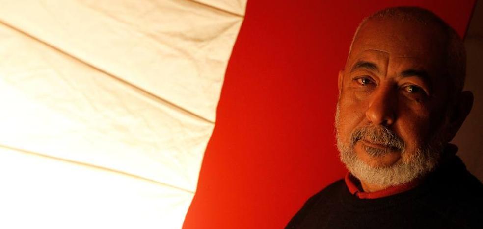 Leonardo Padura: «Cuba rejuvenece sin Fidel»