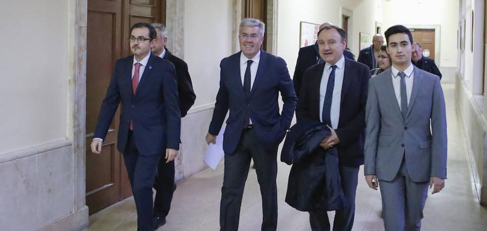 PP y PSOE «tienen que ir de la mano» para reformar el modelo financiero