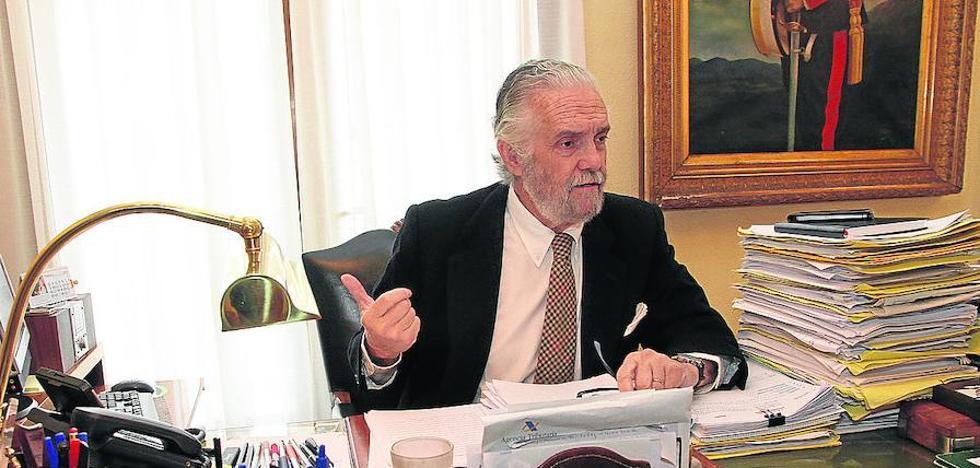 El fiscal jefe cree que la jueza del caso de Caja Segovia ha cedido a la presión social