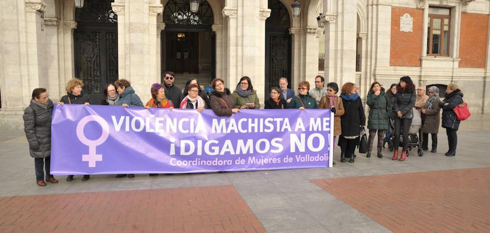 Concentración en la Plaza Mayor de Valladolid contra la violencia machista
