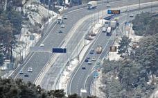 Los grupos municipales piden a Fomento que libere de peajes las autopistas