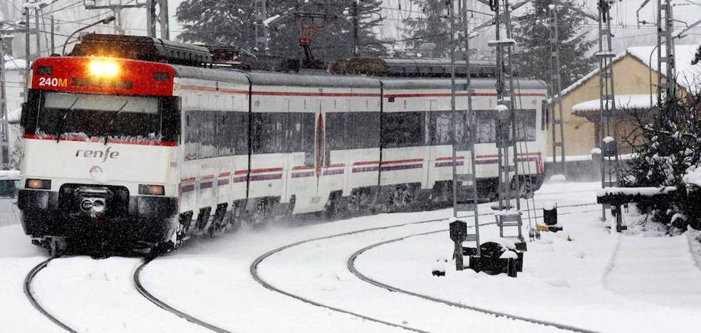 La nieve en la provincia de Palencia obliga a Renfe a cancelar seis servicios de tren