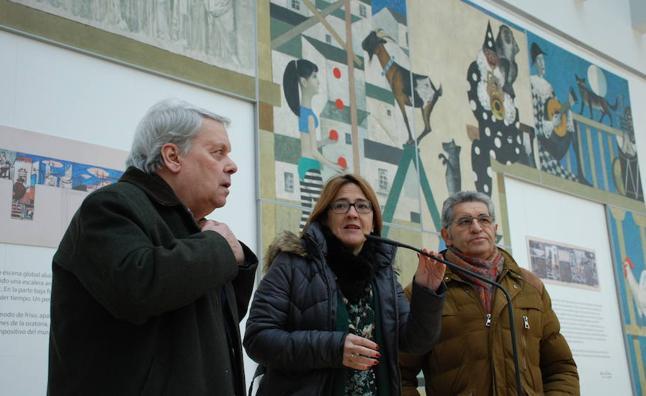 'El Teatro y La Farándula', de Antonio Pedrero, en la sala de exposiciones del Ramos Carrión