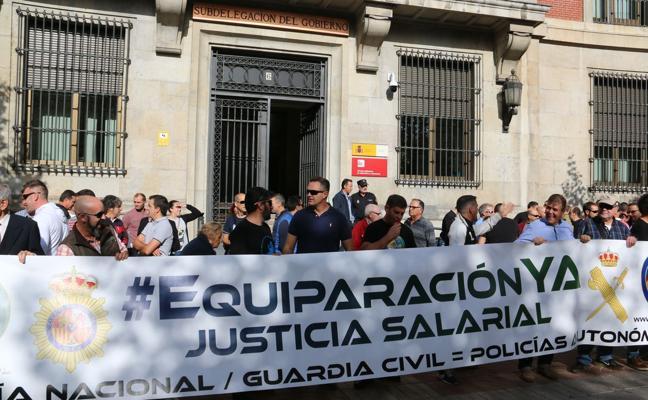 Los agentes de Policía y Guardia Civil saldrán a la calle en León para exigir la equiparación salarial con Mossos y Ertzaintza