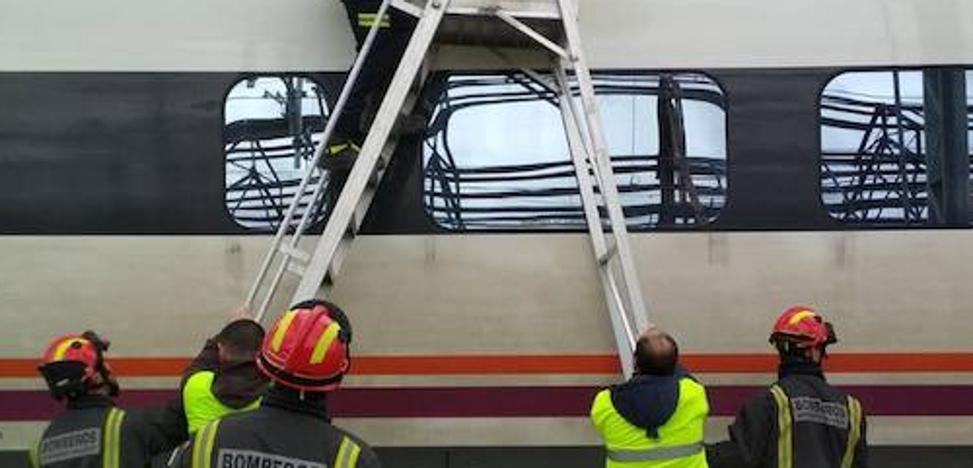Una avería en una catenaria en Valladolid causa retrasos de dos horas en dos trenes AVE
