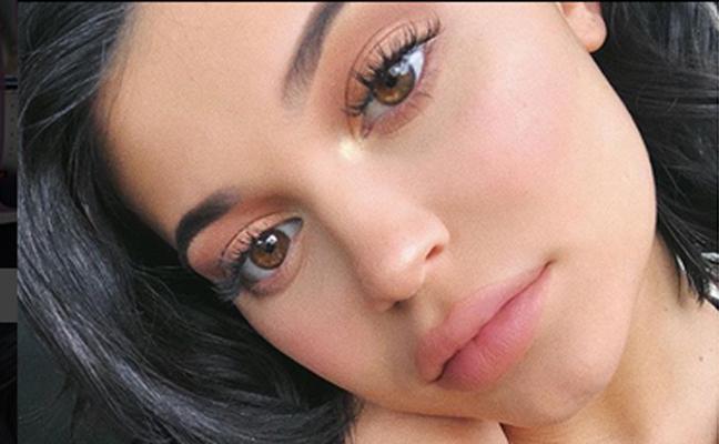 Kylie Jenner estrena maternidad