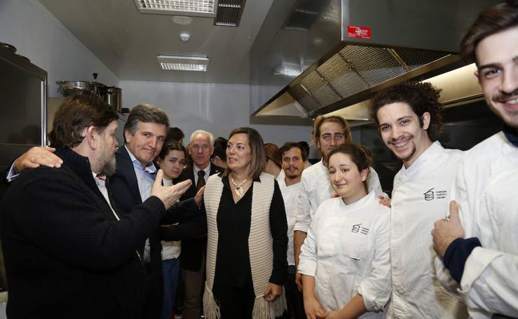 La consejera de Agricultura, con los alumnos de Basque Culinary Center