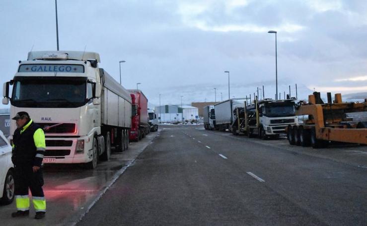 Camiones retenidos este miércoles por la tarde en Aguilar