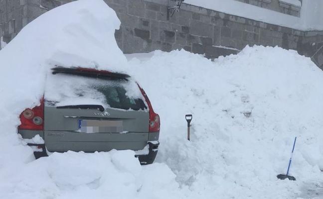 Más nieve, más frío, más problemas en la zona norte de León