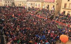 8.000 Pañuelos naranjas abren Carnaval del Toro de Ciudad Rodrigo