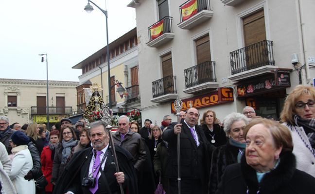 Miles de arevalenses honran a la Virgen de las Angustias en su fiesta