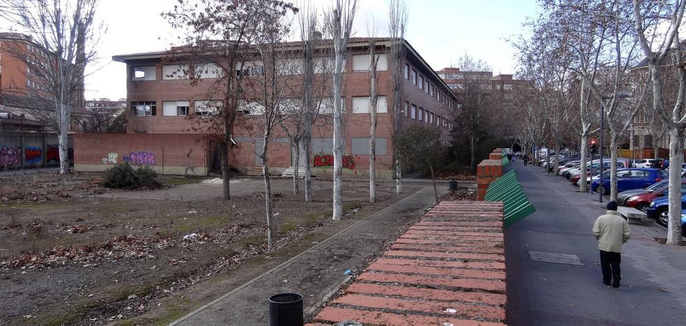 Los vándalos arrasan el antiguo Instituto Santa Teresa